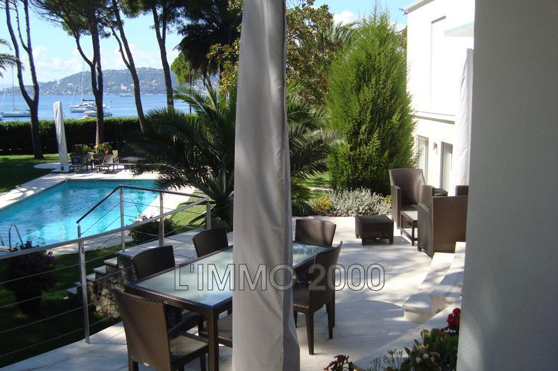 maison  7 rooms  Cap d'Antibes   240m² -