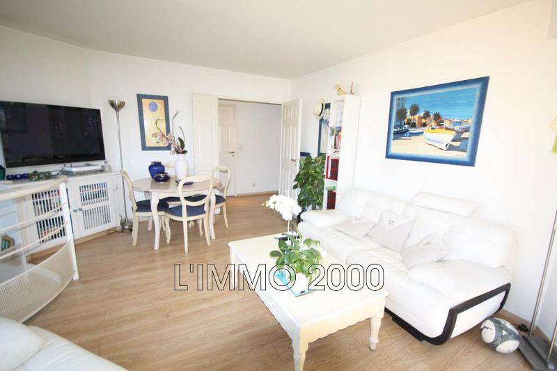appartement  4 rooms  Juan-les-Pins   82 m² -