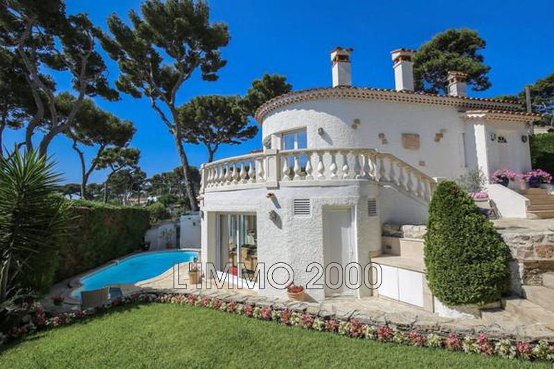 maison  5 rooms  Cap d'Antibes   200 m² -