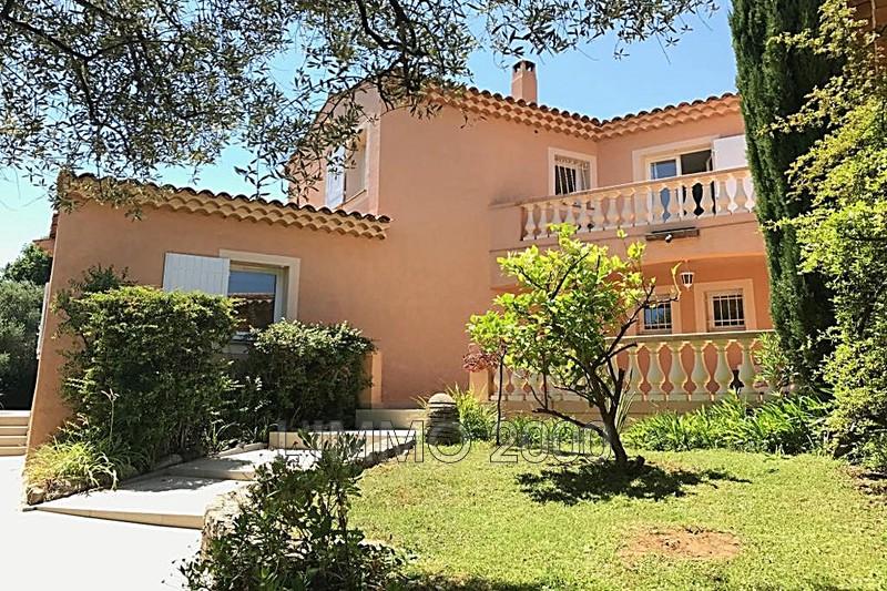 maison  6 pièces  Antibes Hors agglomération  250m² -