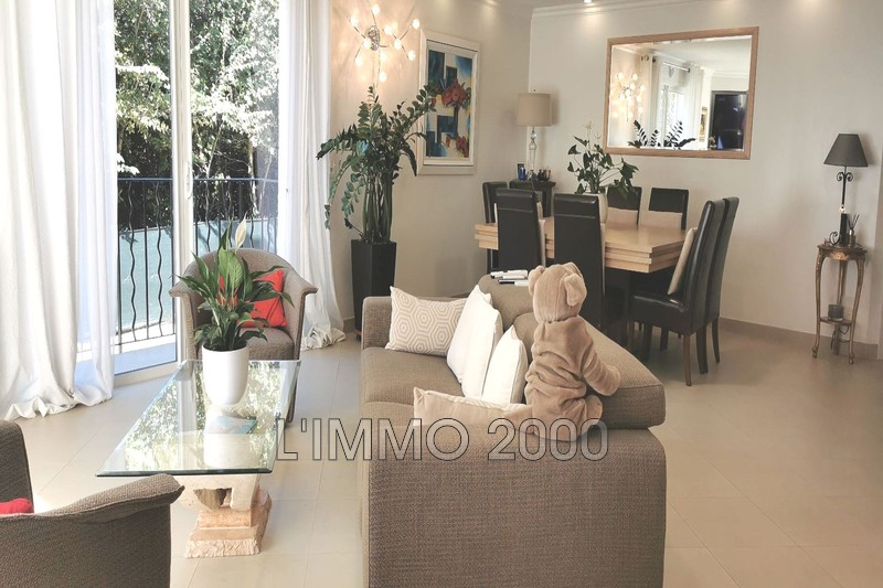 maison  5 pièces  Antibes St maymes  160m² -