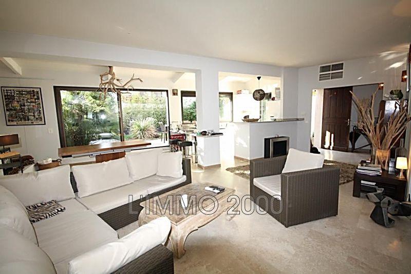 appartement  3 pièces  Juan-les-Pins Centre-ville  86m² -
