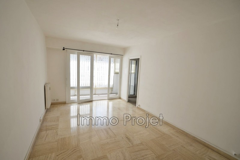 Photo Apartment Cagnes-sur-Mer Centre-ville,  Location apartment  1 room   27 m²