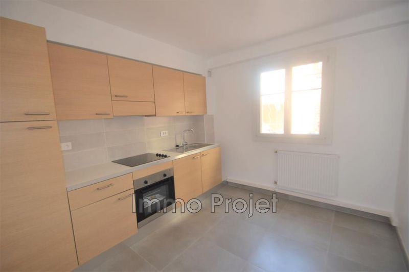 Photo Apartment Cagnes-sur-Mer Centre ville,  Location apartment  3 rooms   60 m²