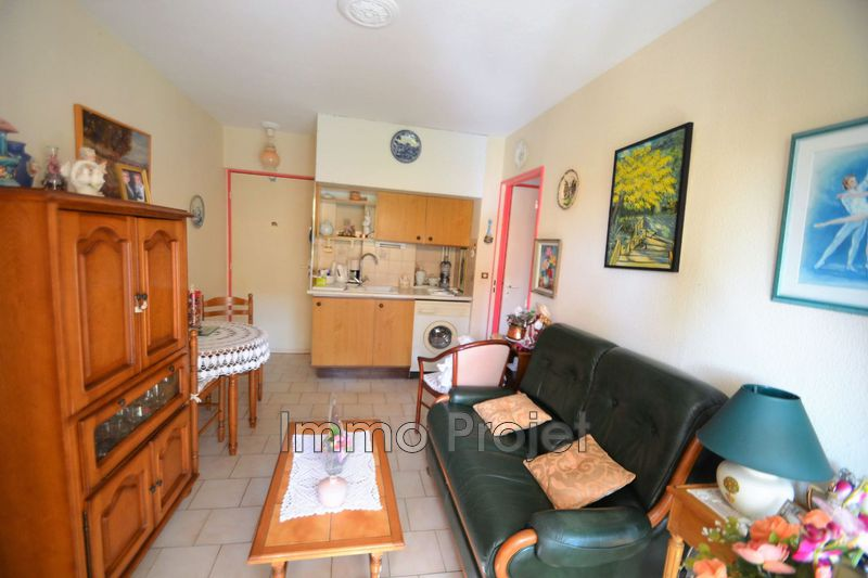 Photo Apartment Cagnes-sur-Mer Centre ville,   to buy apartment  2 rooms   28 m²