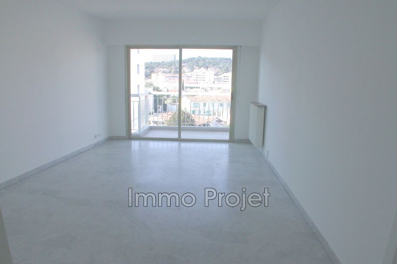 Photo Apartment Cagnes-sur-Mer Centre ville,   to buy apartment  3 rooms   64 m²