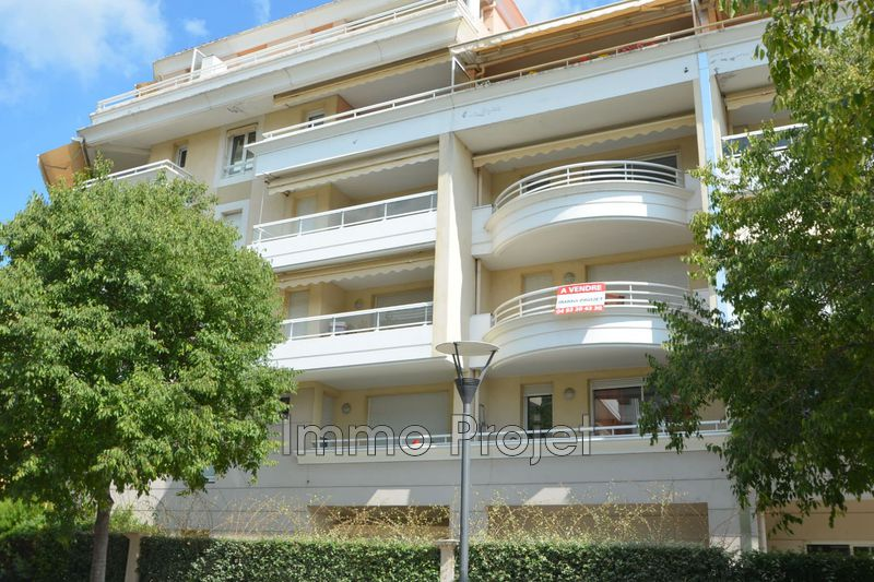 Photo Apartment Cagnes-sur-Mer Centre-ville,   to buy apartment  2 rooms   55 m²