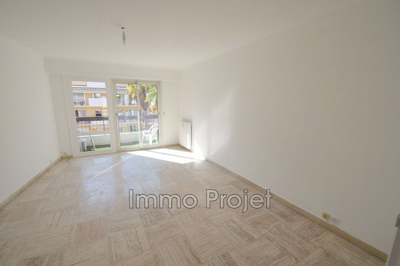 Photo Apartment Cagnes-sur-Mer Centre-ville,   to buy apartment  2 rooms   51 m²