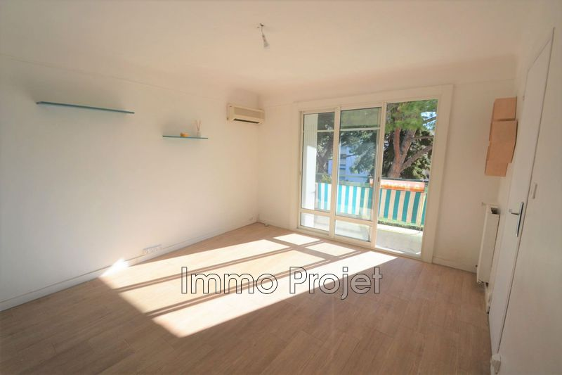 Photo Appartement Cagnes-sur-Mer Centre-ville,   to buy appartement  3 rooms   52 m²