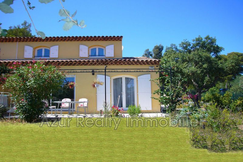 Villa Saint-Aygulf Centre-ville,   to buy villa  3 bedrooms   70 m²