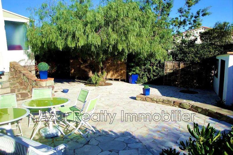 Photo Villa Saint-Aygulf Centre-ville,   to buy villa  3 bedrooms   90m²