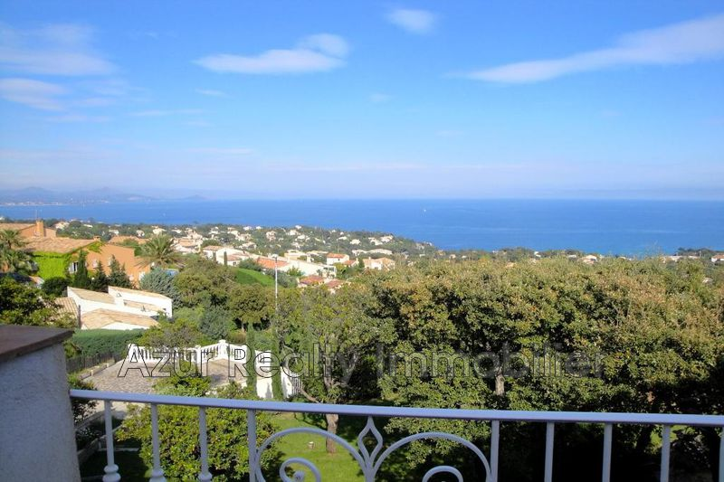 Photo Villa Les Issambres Bord de mer,   to buy villa  6 bedrooms   290 m²
