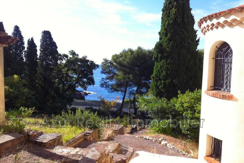 Villa Agay Bord de mer,   to buy villa  5 bedrooms   260 m²