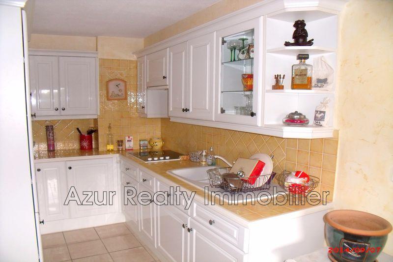 Photo Appartement Fréjus   achat appartement  3 pièces   80m²
