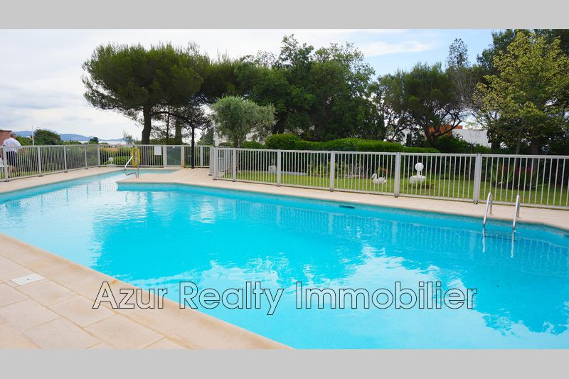 Photo Appartement Saint-Aygulf   achat appartement  2 pièces   44 m²