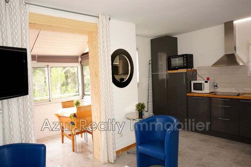 Photo Apartment Saint-Aygulf Centre-ville,   to buy apartment  2 rooms   36 m²