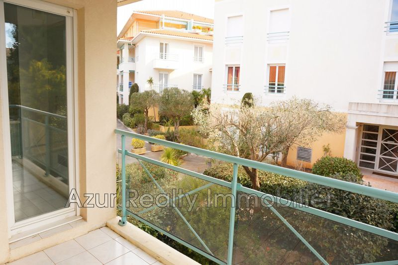 Photo Appartement Saint-Aygulf Centre-ville,   achat appartement  2 pièces   47 m²