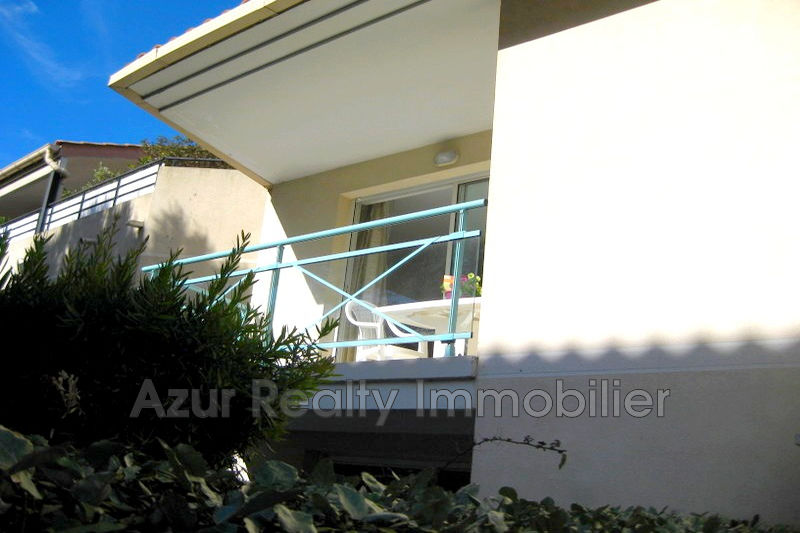Photo Apartment Saint-Aygulf Centre-ville,   to buy apartment  2 rooms   47 m²