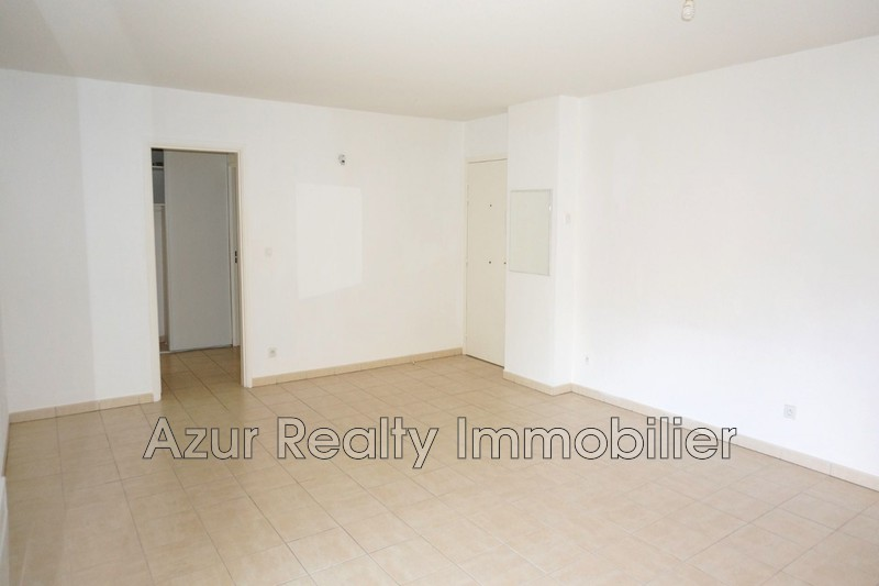 Photo n°3 - Vente appartement Saint-Raphaël 83700 - 264 000 €