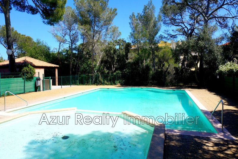 Photo Apartment Saint-Aygulf Proche plages,   to buy apartment  2 rooms   30 m²