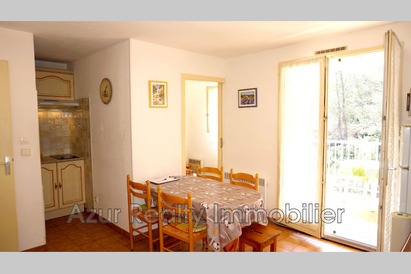 Photo Appartement Saint-Aygulf Centre-ville,   achat appartement  2 pièces   30 m²