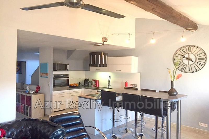 Photo Appartement Cogolin Centre-ville,   achat appartement  3 pièces   65m²