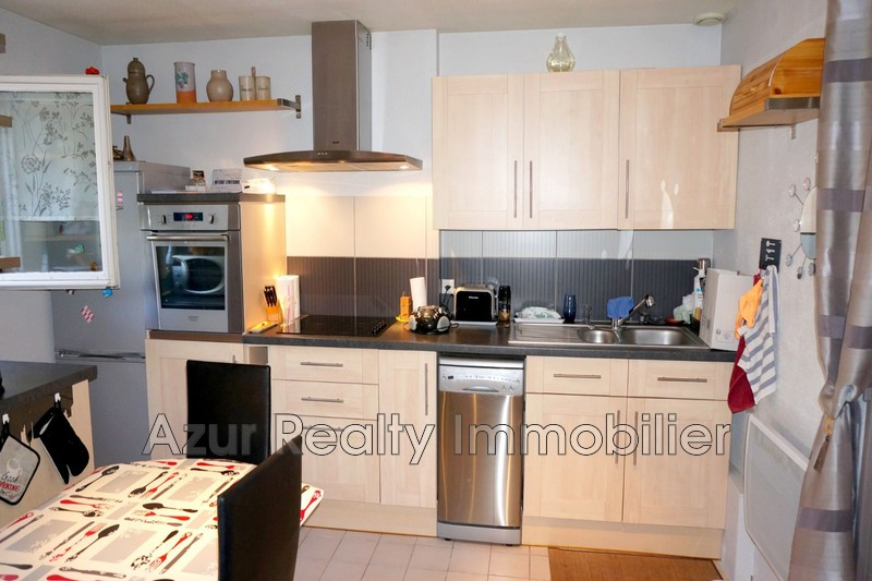 Photo Appartement Saint-Aygulf Centre-ville,   achat appartement  2 pièces   29 m²
