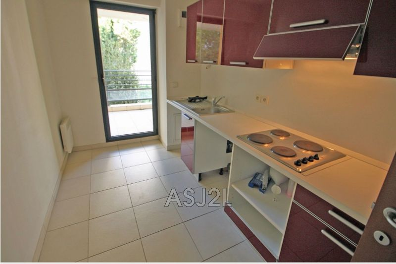 Photo n°4 - Vente appartement Cannes 06400 - 247 000 €