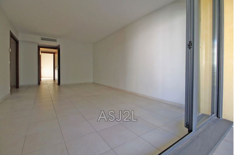 Photo n°5 - Vente appartement Cannes 06400 - 247 000 €