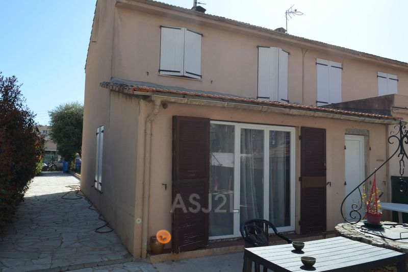 Photo n°3 - Vente maison Cannes-la-Bocca 06150 - 375 000 €