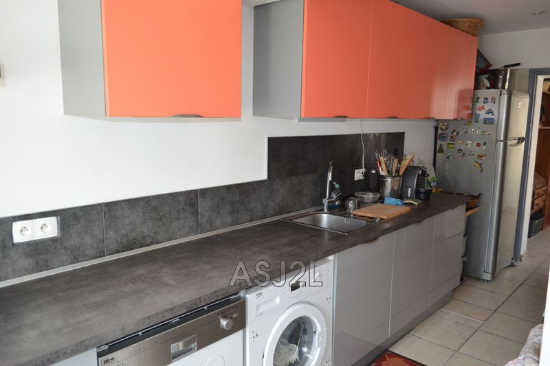 Photo n°10 - Vente maison Cannes-la-Bocca 06150 - 375 000 €