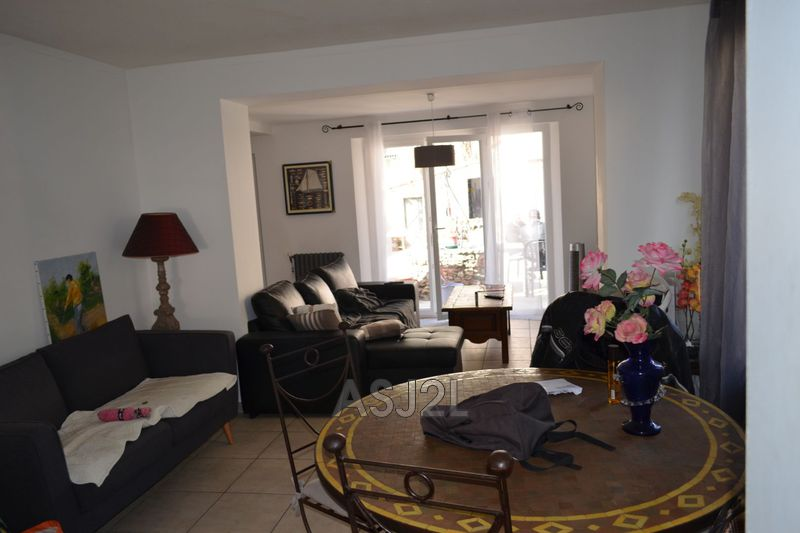 Photo n°8 - Vente maison Cannes-la-Bocca 06150 - 375 000 €