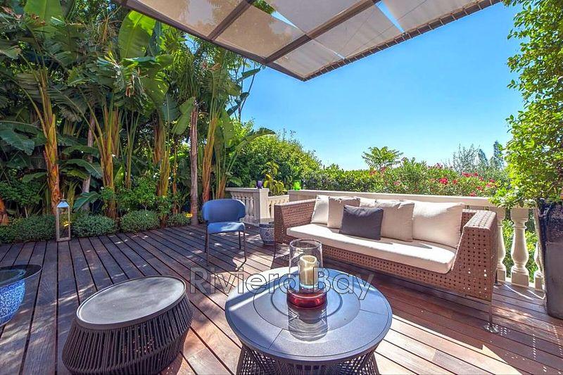 Photo Villa Cap-d'Ail   achat villa  4 chambres   300m²