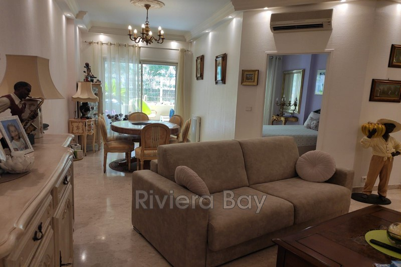 Photo Apartment Roquebrune-Cap-Martin Bord de mer,   to buy apartment  2 rooms   59 m²