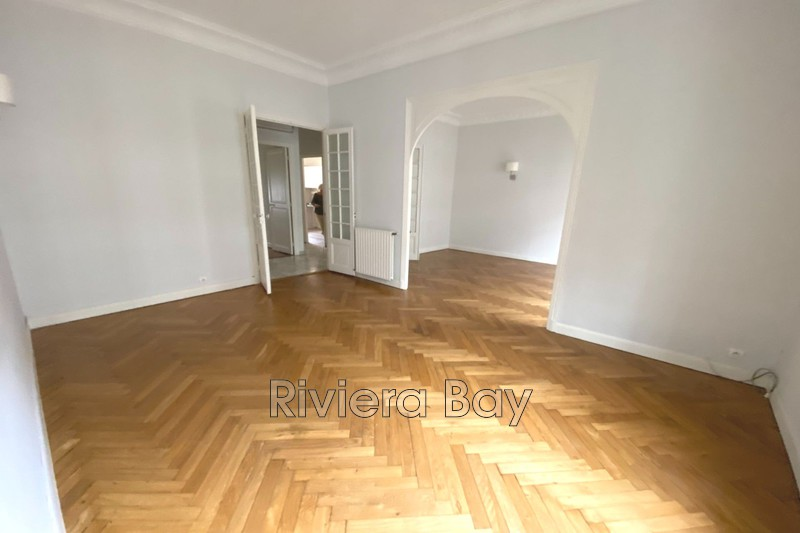 Photo Apartment Beaulieu-sur-Mer Centre-ville,   to buy apartment  4 rooms   88 m²
