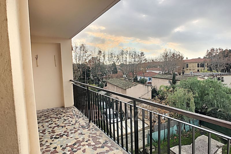 Photo n°1 - Location appartement Antibes 06600 - 1 200 €