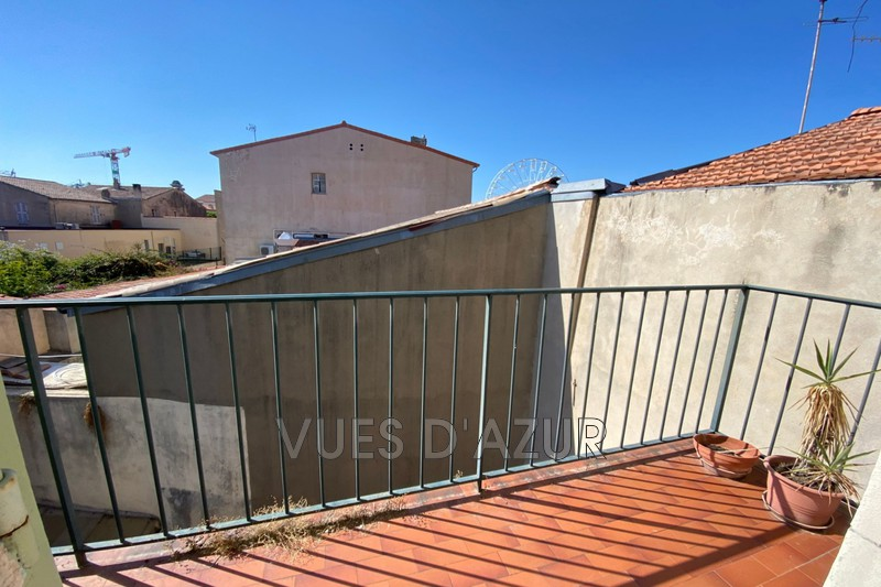 appartement  1 room  Antibes Old antibes  37m² -