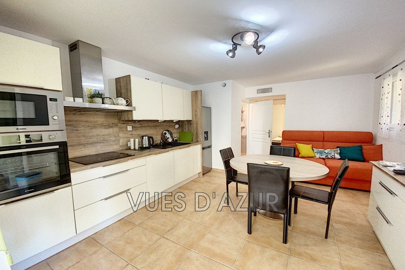 appartement  1 room  Cap d'Antibes Close ti the beaches  34 m² -