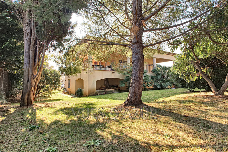 Photo Villa Juan-les-Pins Plage de la garoupe,   to buy villa  3 bedroom   200 m²
