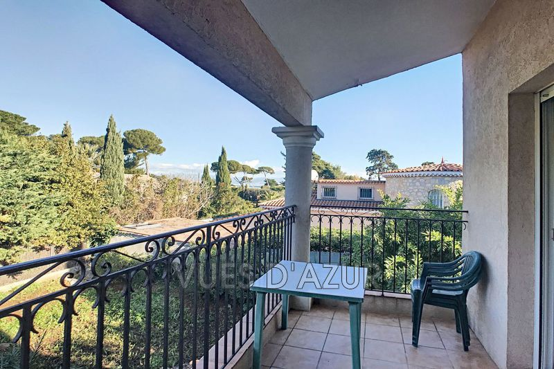 Photo Apartment Antibes Bord de mer,   to buy apartment  2 rooms   27 m²
