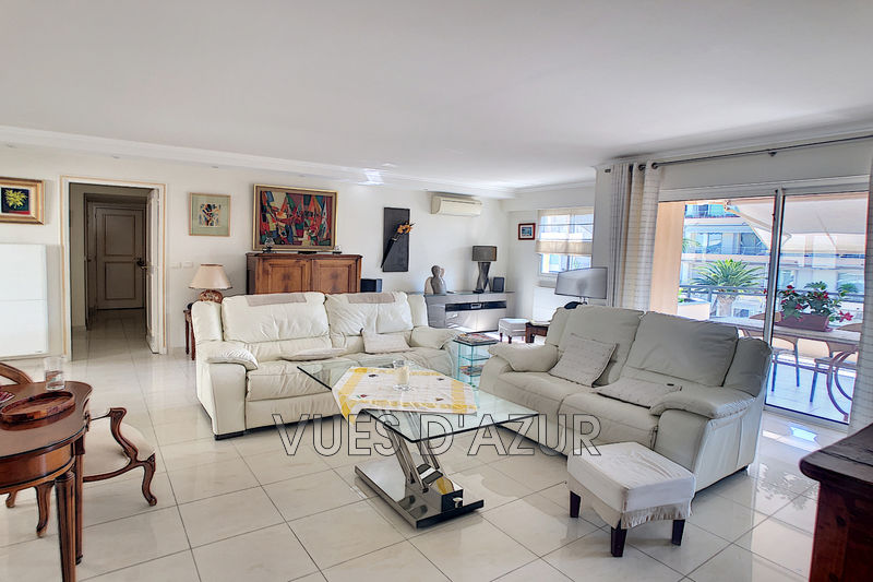 Photo n°1 - Vente appartement Cannes 06400 - 990 000 €