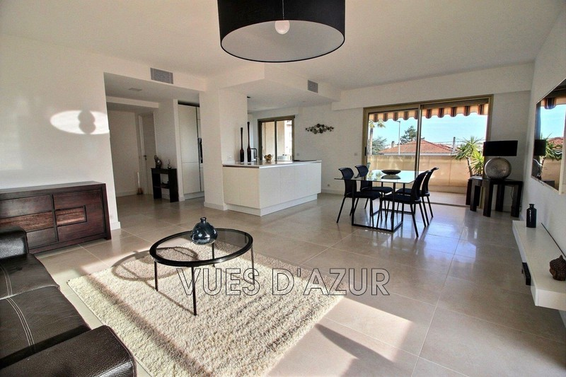 Photo Appartement Antibes Centre-ville,   achat appartement  3 pièces   85 m²