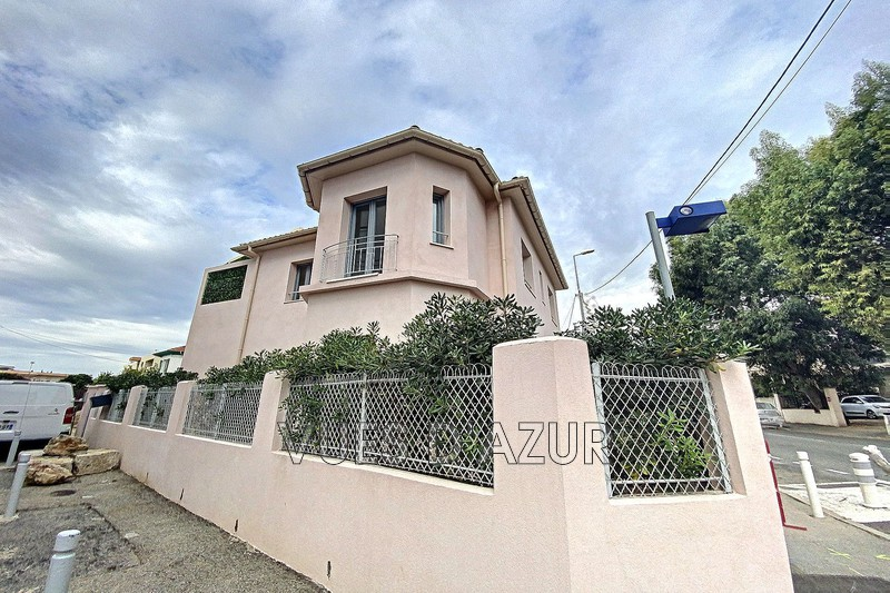 Photo House Antibes Centre-ville,   to buy house  2 bedroom   190m²