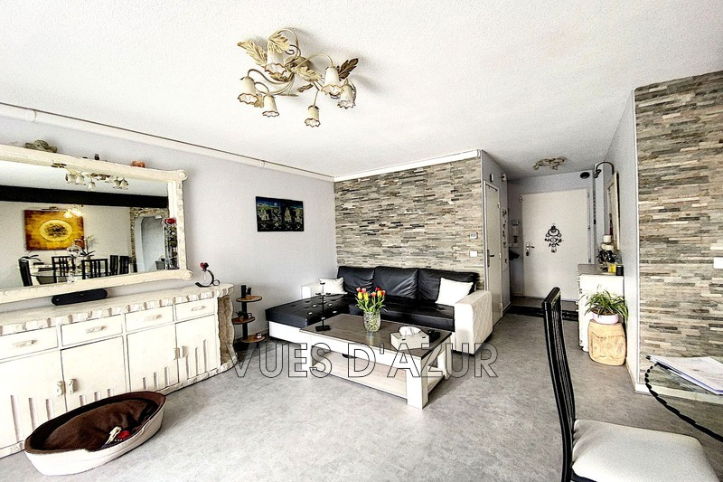 maison  3 rooms  Antibes Les terriers  66m² -