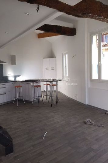 Photo n°2 - Location appartement Draguignan 83300 - 650 €