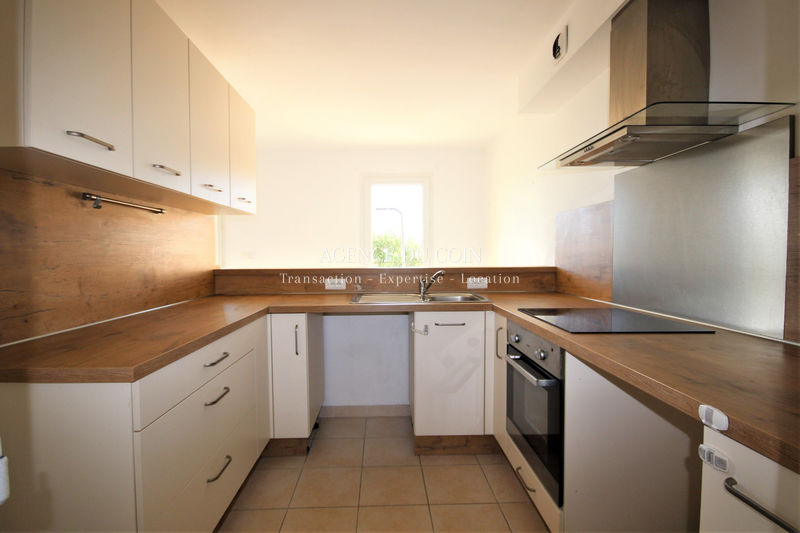 Photo n°1 - Location Maison bastidon Le Muy 83490 - 860 €