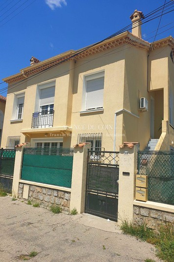 Photo Appartement Draguignan  Location appartement  4 pièces   91m²