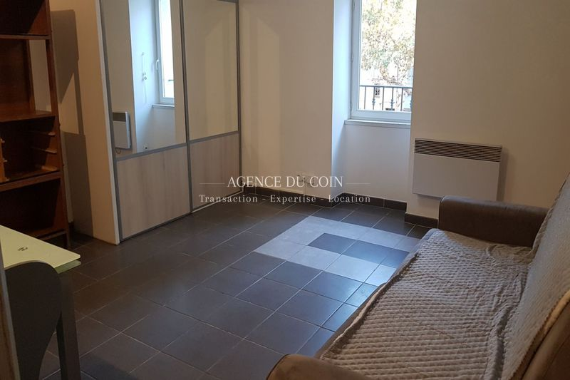 Appartement Le Muy Village,  Location appartement  1 pièce   30 m²