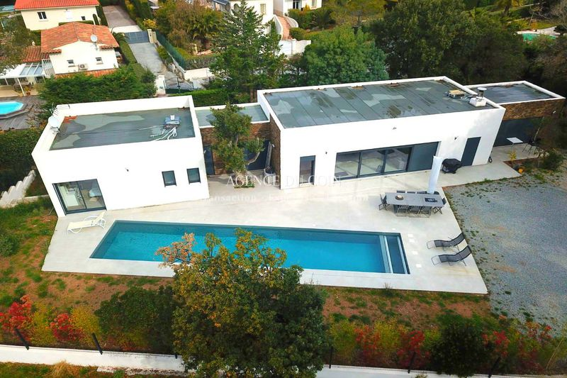 Contemporary house Saint-Raphaël   to buy contemporary house  4 bedrooms   270m²