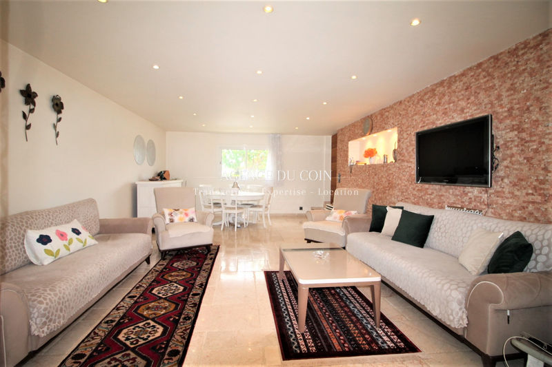 Photo Maison Le Muy Proche village,   to buy maison  5 bedrooms   170 m²